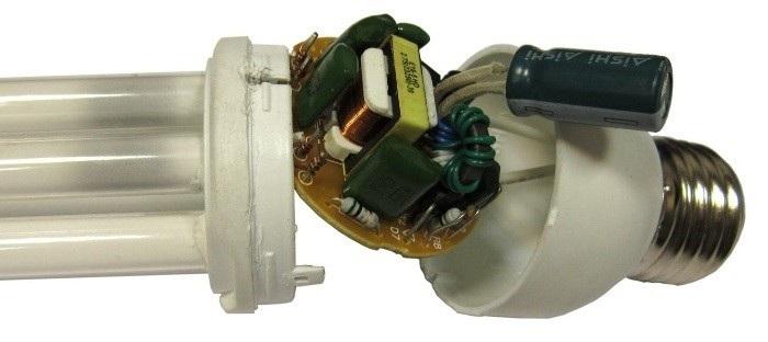 лампочка и конденсатор схема фото лучшего
